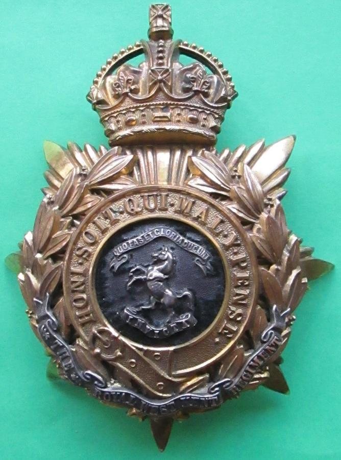 A POST 1902 ROYAL WEST KENT OFFICERS HELMET PLATE