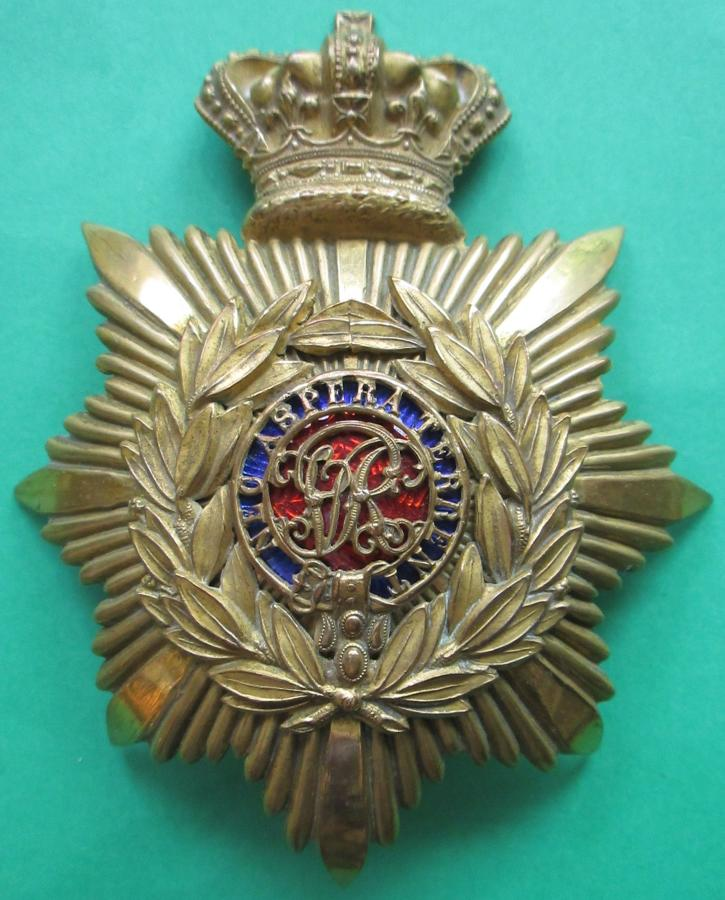A VICTORIAN OFFICERS ROYAL MILITARY ACADEMY, SANDHURST HELMET PLATE