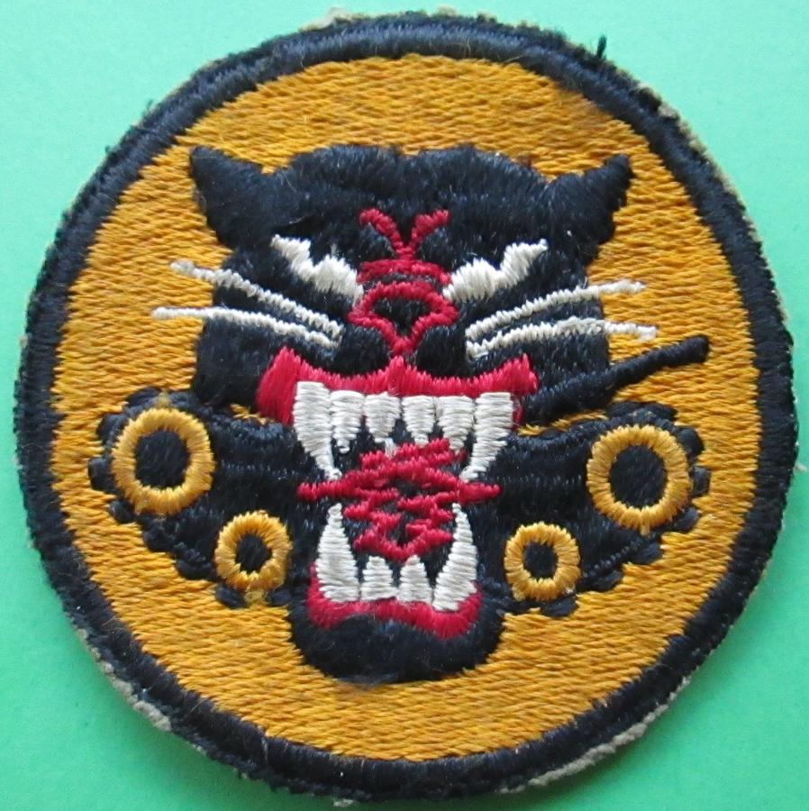 A WWII US ARMY TANK DESTROYERS BADGE