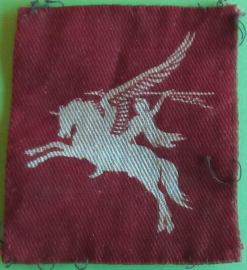 GOOD WWII PERIOD 1st / 6th AIRBORNE DIVISIONS PEGASUS FORMATION PATCH