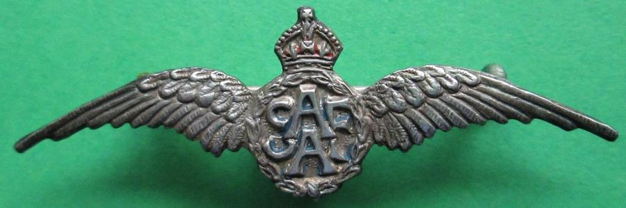 A SOUTH AFRICAN AIR FORCE PILOTS WING SILVER BROOCH