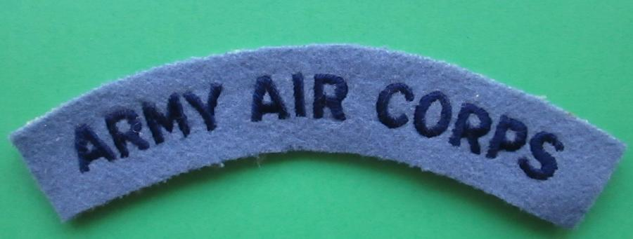 AN ARMY AIR CORPS EMBROIDERED SHOULDER TITLE