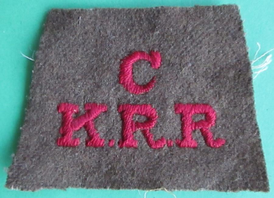 A WWI PERIOD KINGS ROYAL RIFLES CADET SHOULDER TITLE