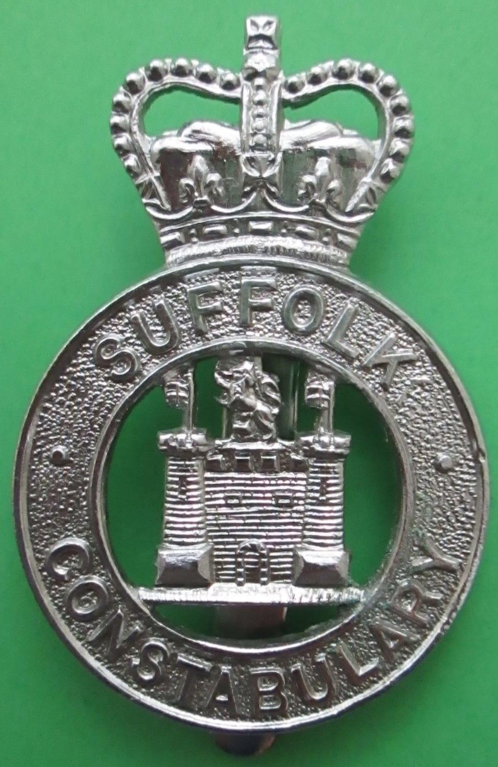 A SUFFOLK CONSTABULARY BADGE
