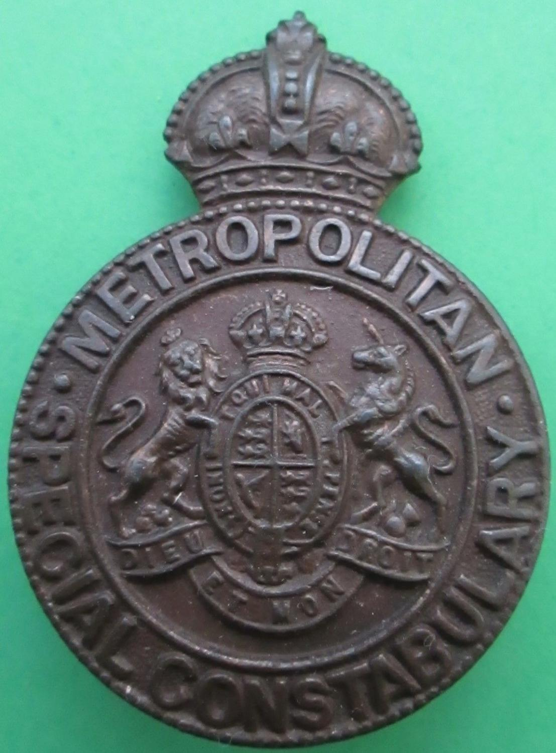 A BRONZE METROPOLITAN SPECIAL CONSTABULARY BADGE