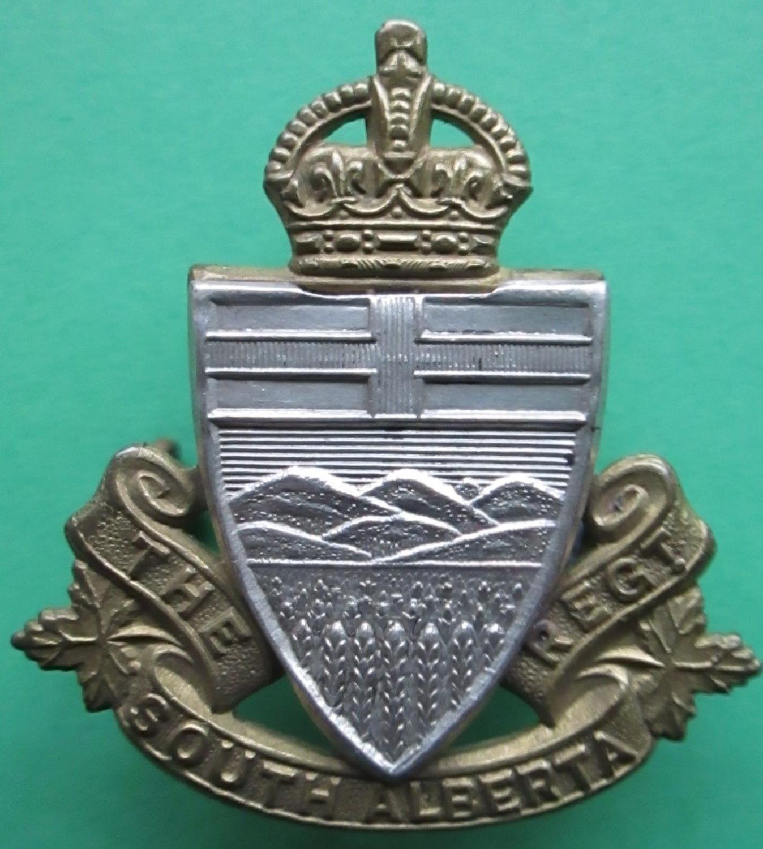 THE SOUTH ALBERTA REGIMENT CANADIAN CAP BADGE