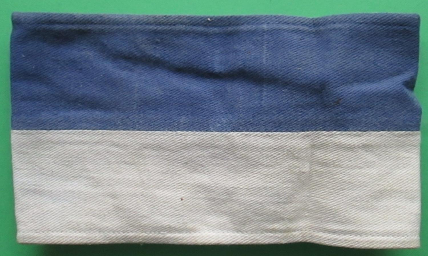 A ROYAL CORPS OF SIGNALS ARM BAND