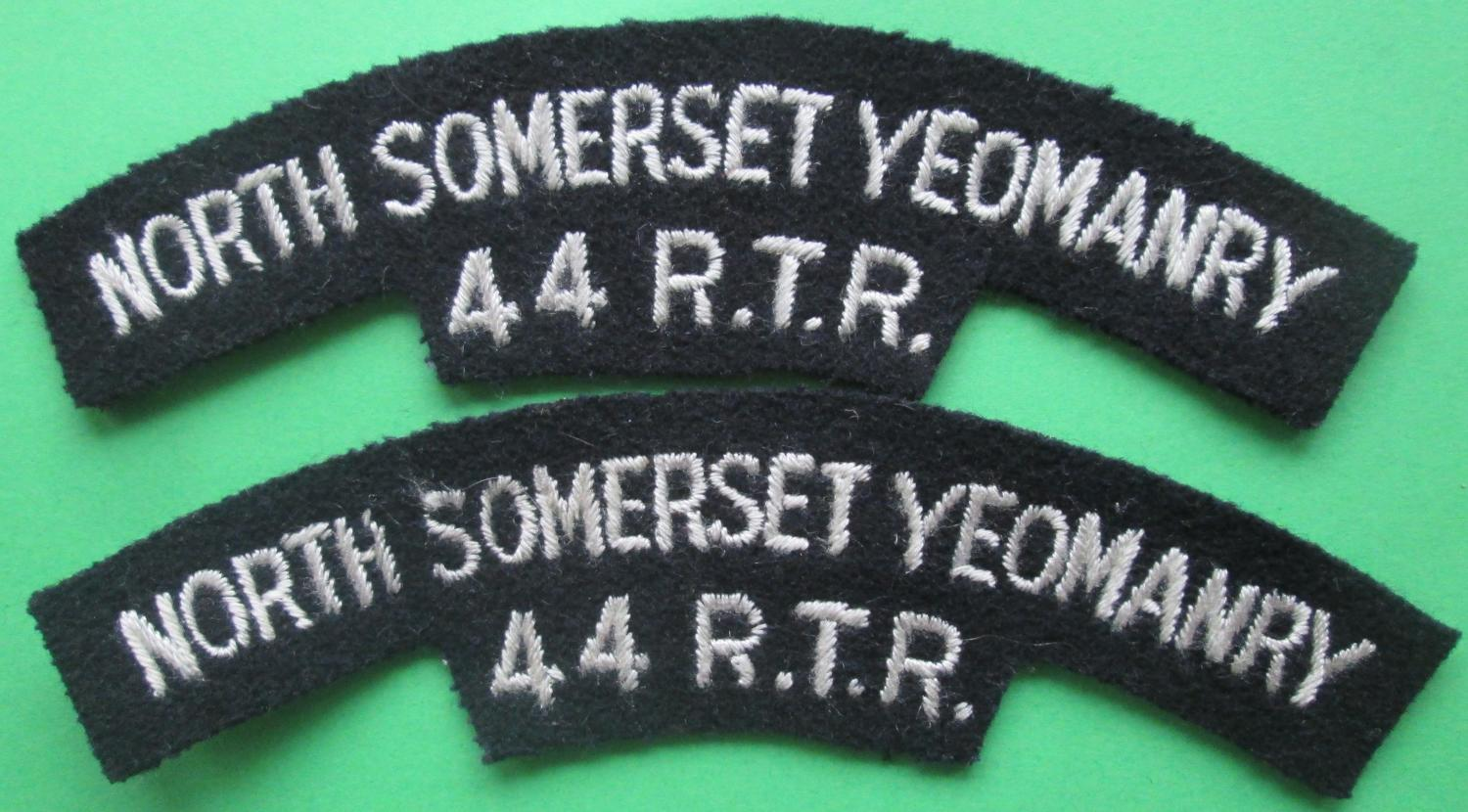 A PAIR OF SHOULDER TITLES FOR THE NORTH SOMERSET YEOMANRY
