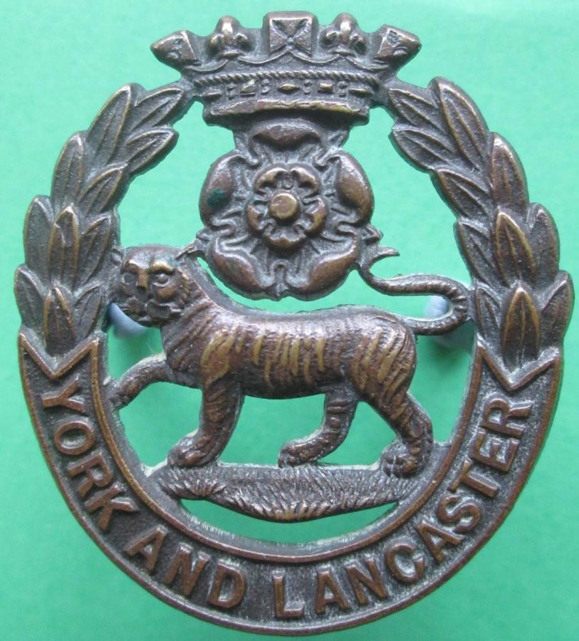 A YORK AND LANCASTER OFFICERS BRONZE CAP BADGE