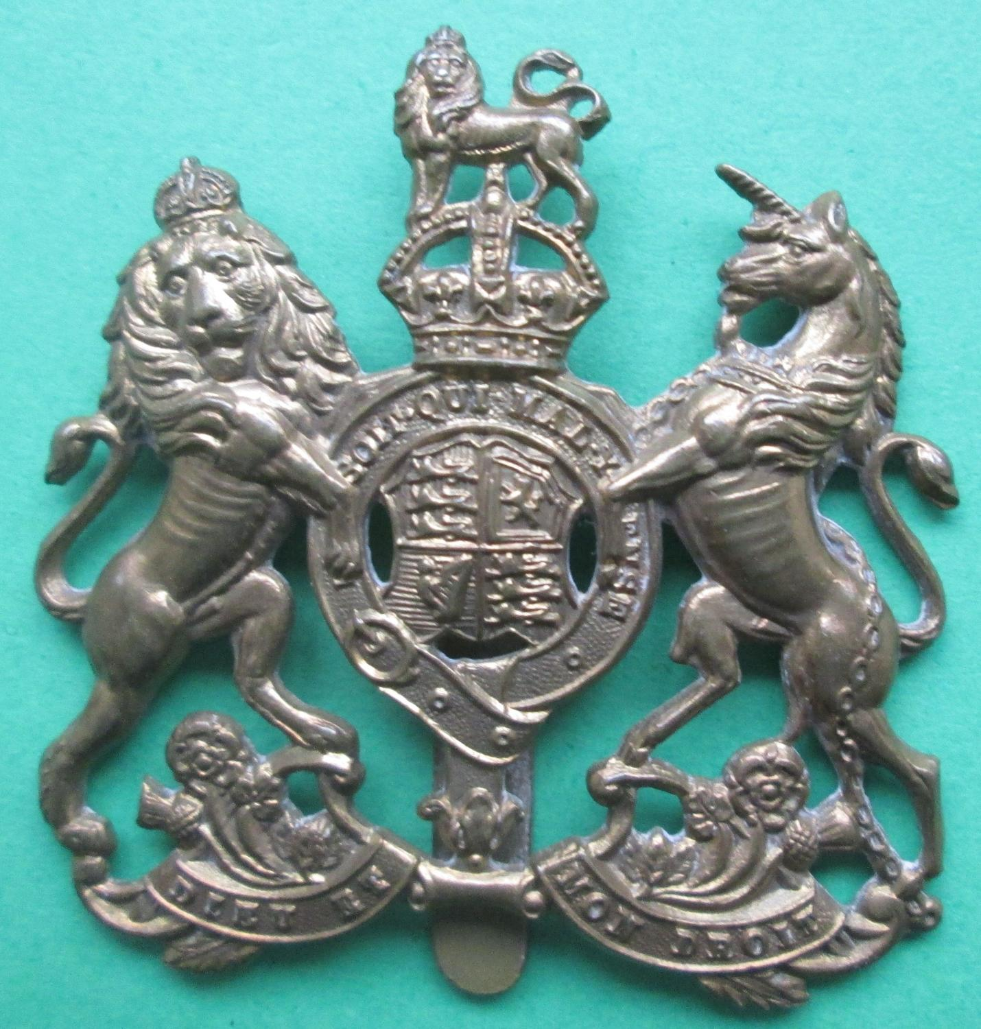 A WWII GENERAL SERVICE CORPS OTHER RANKS CAP BADGE