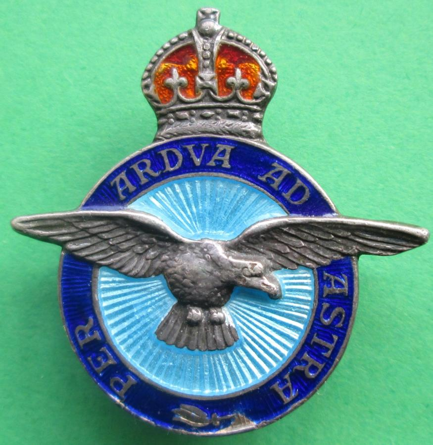 A SILVER AND ENAMEL RAF SWEETHEART BADGE