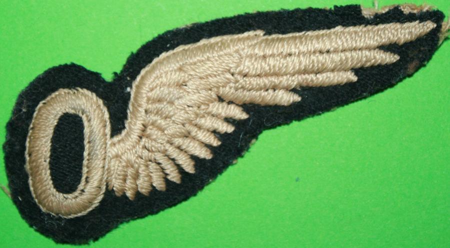 A GOOD USED RAF PADDED OBSERVERS BREVET