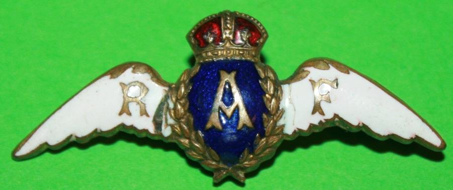 A RAF SWEETHEART BROOCH NICE EARLY STYLE WHITE AND BLUE
