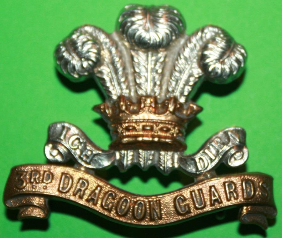 A GOOD PRE 1910 3RD DRAGOON GUARDS OTHER RANKS CAP BADGE