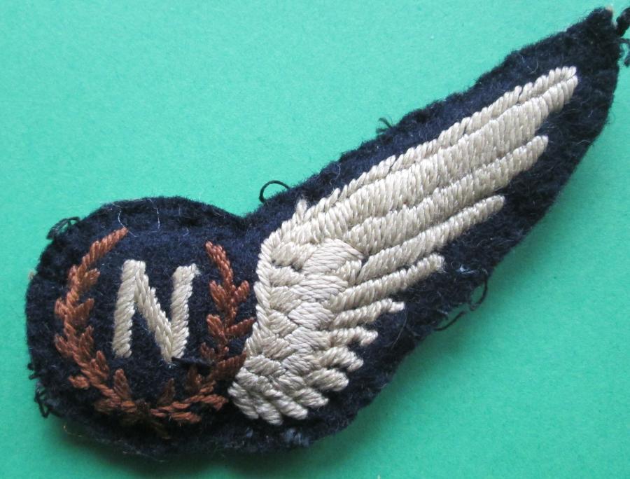 A WWII RAF PERIOD PADDED NAVIGATORS BREVET