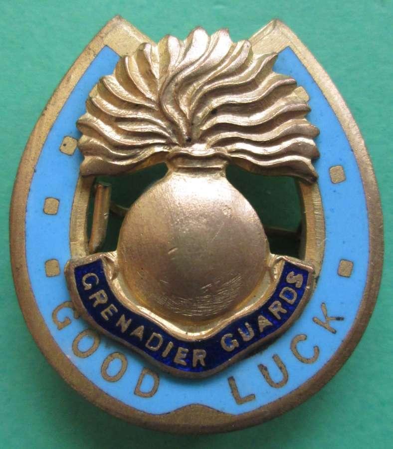A GRENADIER GUARDS SWEETHEART BROOCH