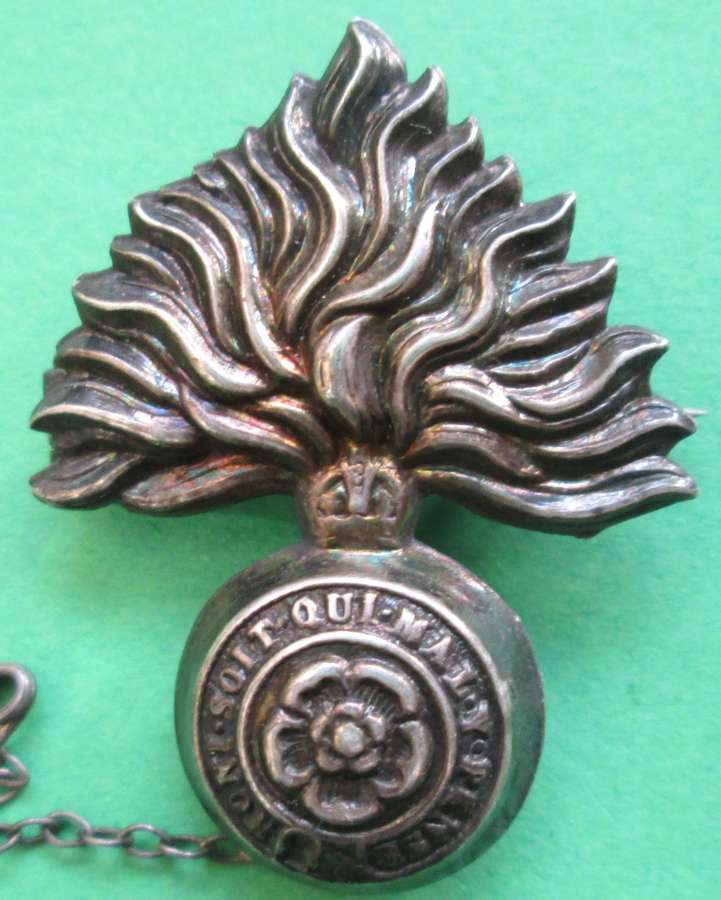 A SILVER SWEETHEART BROOCH FOR THE ROYAL FUSILIERS