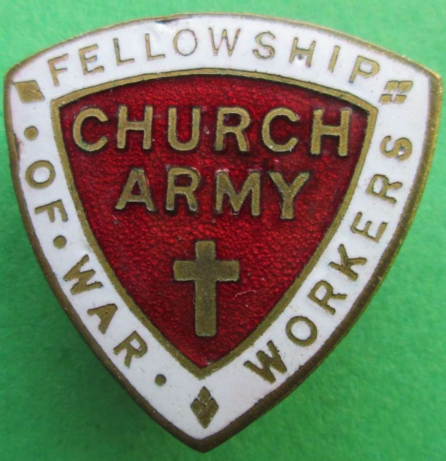A CHURCH ARMY FELLOWSHIP OF WAR WORKERS BROOCH