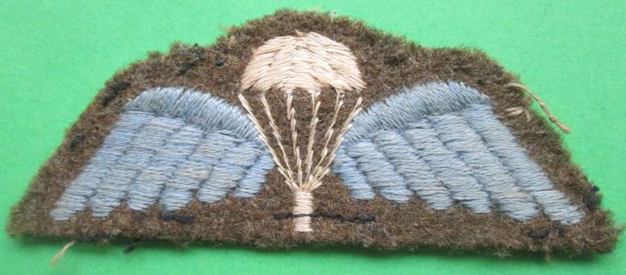 WWII PERIOD PARACHUTE QUALIFICATION WINGS