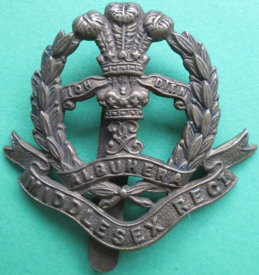 A WWI MIDDLESEX REGT OTHER RANKS ECONOMY CAP BADGE
