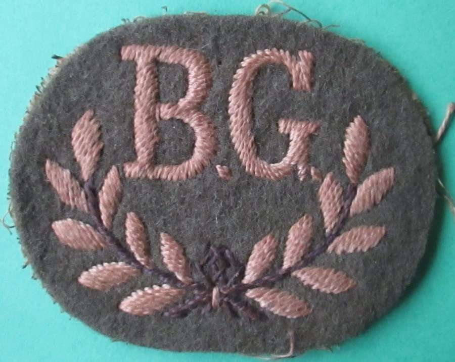 A BREN GUNNER QUALIFICATION BADGE