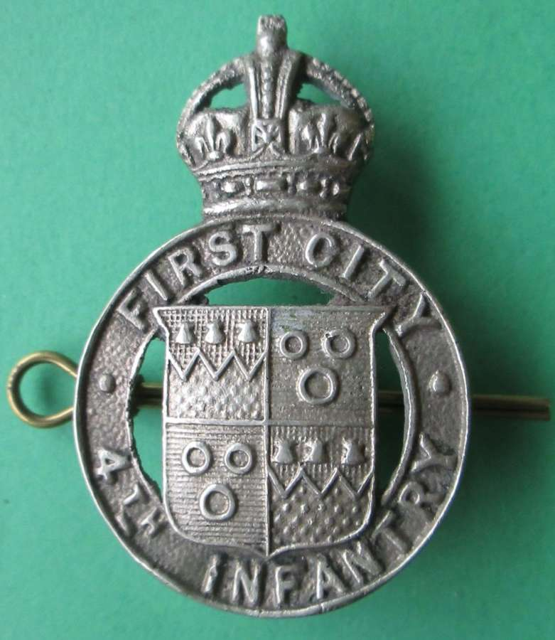 A CITY OF LONDON 4TH INFANTRY CAP BADGE