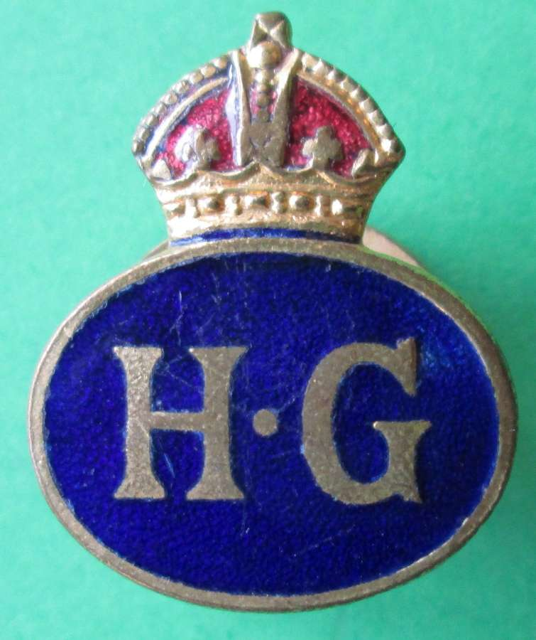 A WWII HOME GUARD LAPEL BADGE