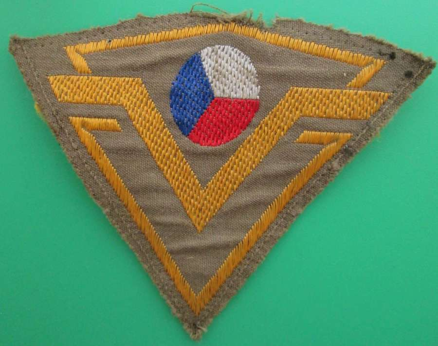 A CZECH FREE FORCES TRIANGULAR PATCH