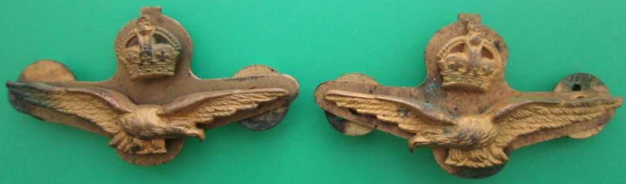 A FACING PAIR OF WWI PERIOD ROYAL FLYING CORPS OFFICERS BADGES