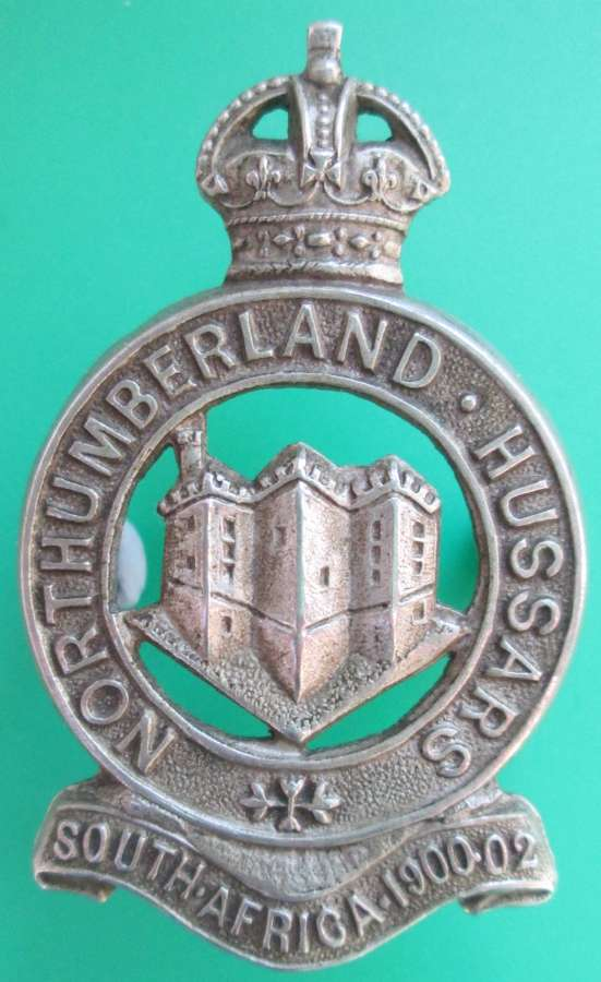A NORTHUMBERLAND HUSSARS CAVALRY CAP BADGE