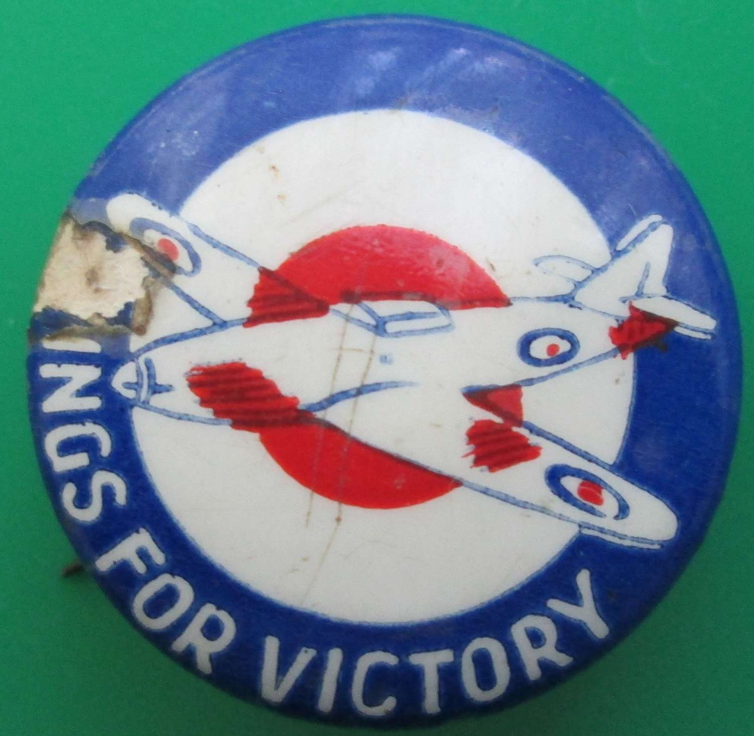 A GOOD WWII WINGS FOR VICTORY PIN BADGE