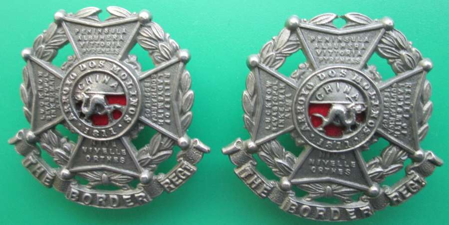 A PAIR OF THE BORDER REGIMENT OTHER RANKS COLLAR DOGS