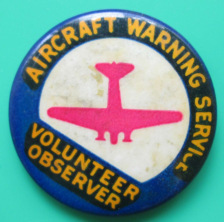 A GOOD WWII AIRCRAFT WARNING SERVICE PIN BADGE