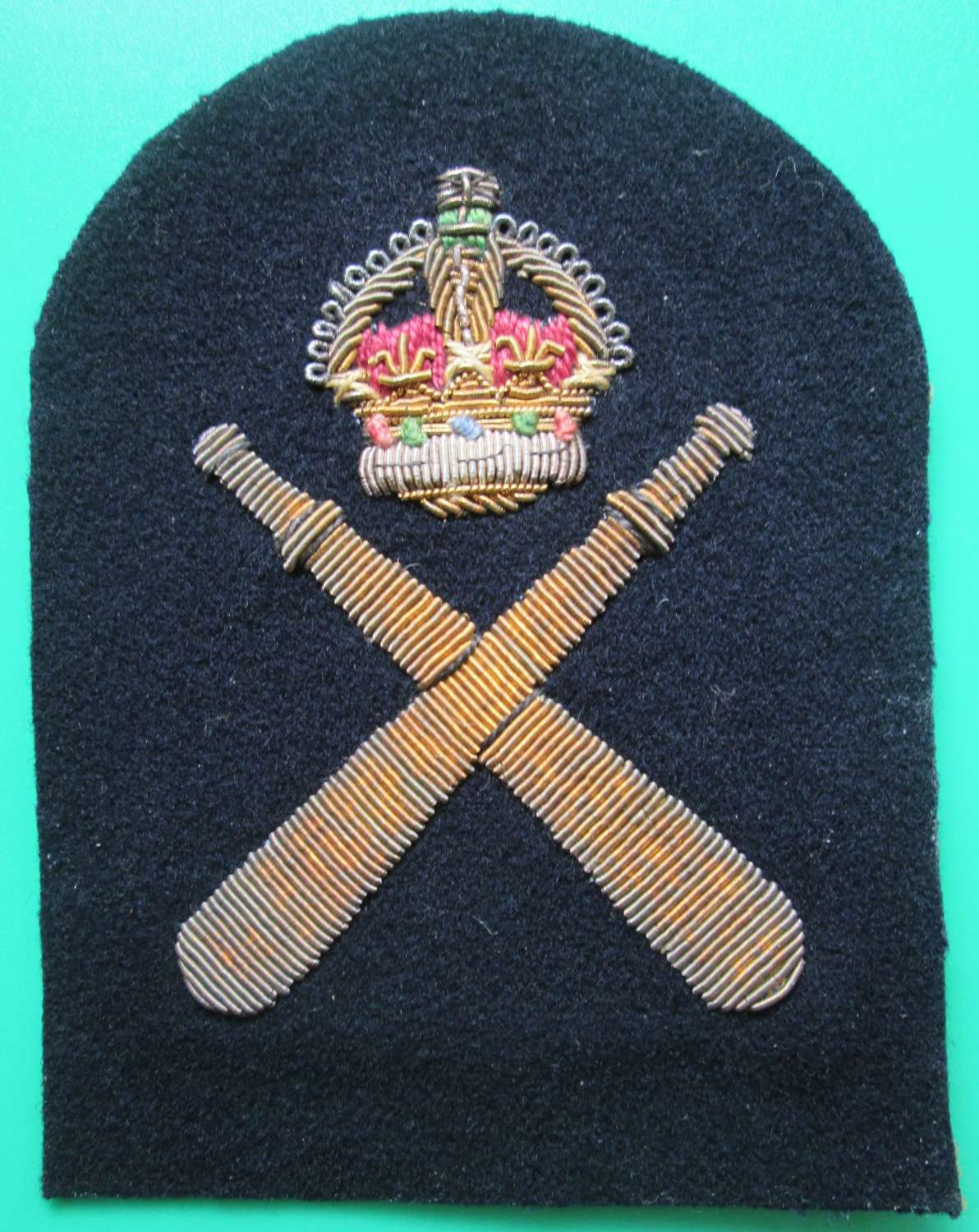 A ROYAL NAVAL PHYSICAL TRAINING LEAD RATING BADGE