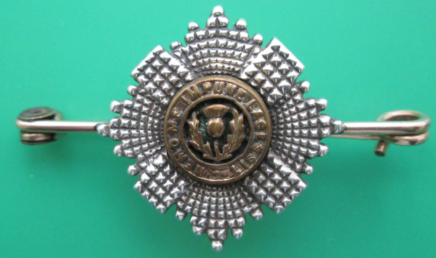 A SCOTS GUARDS SWEETHEART BROOCH