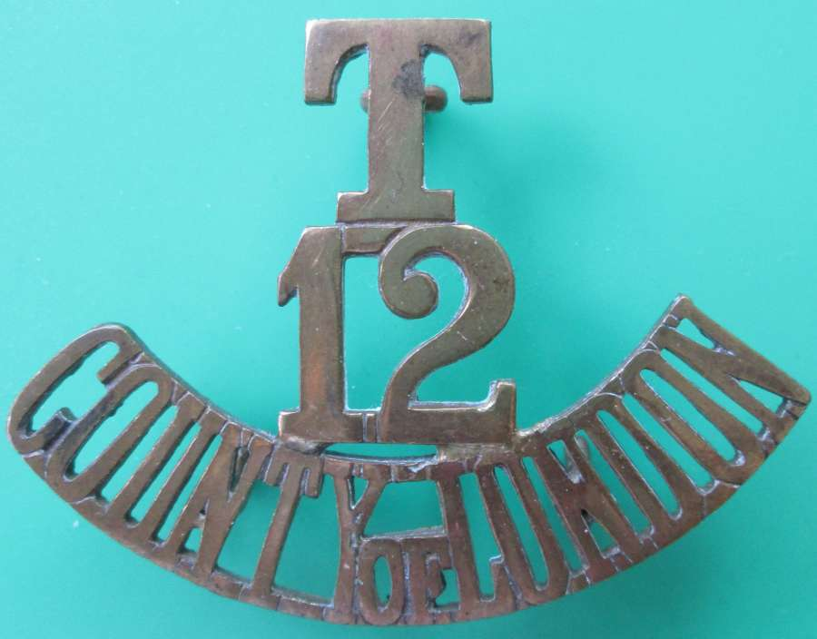 A 12TH TERRITORIAL COUNTY OF LONDON REGT ( RANGERS ) SHOULDER TITLE