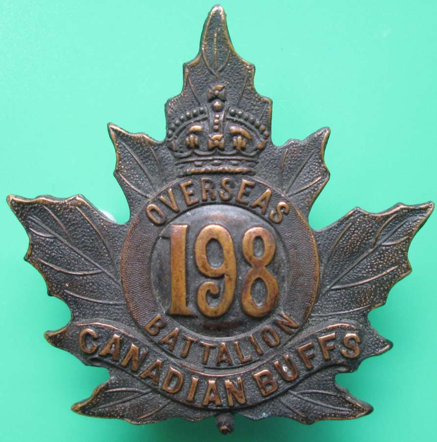 A CANADIAN 198 OVERSEAS BATTALION THE BUFFS CAP BADGE