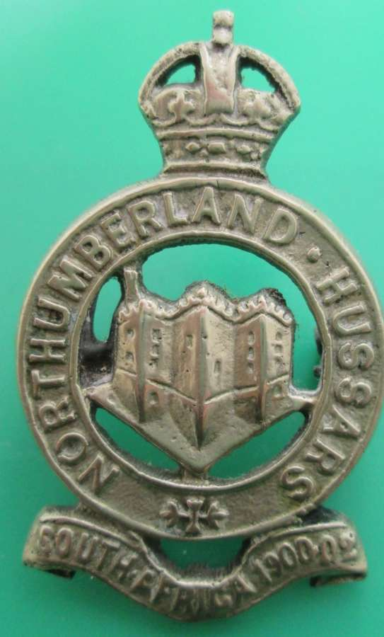 A GOOD NORTHUMBERLAND HUSSARS CAP BADGE