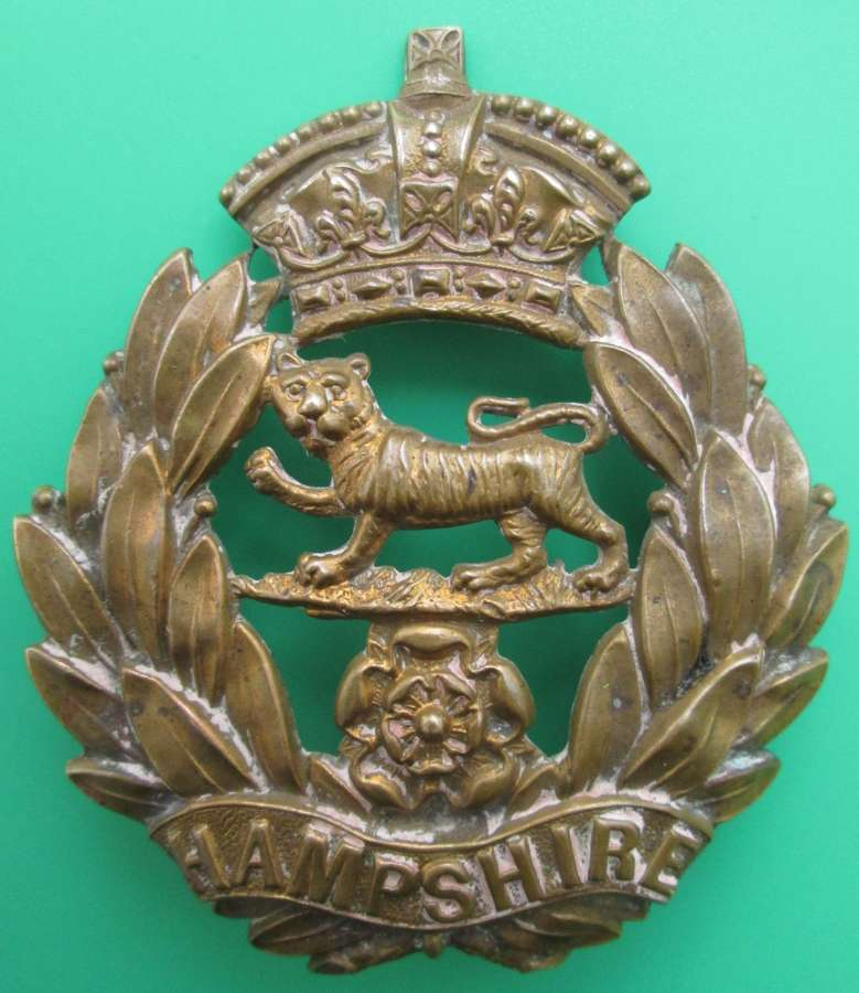 A GOOD POST 1881 HAMPSHIRE REGT OTHER RANKS GLENGARRY BADGE