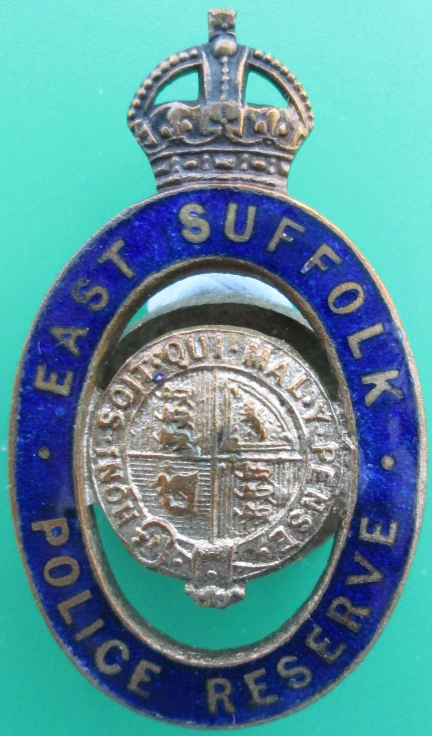 AN EAST SUFFOLK POLICE RESERVE BADGE