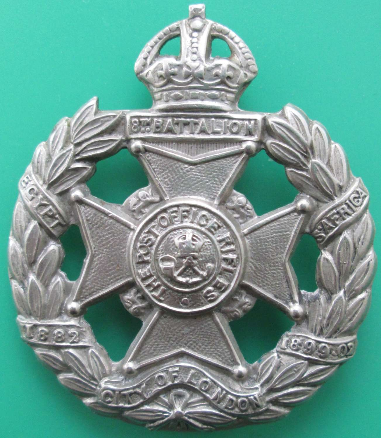 A CITY OF LONDON REGIMENT,  (POST OFFICE RIFLES) CAP BADGE