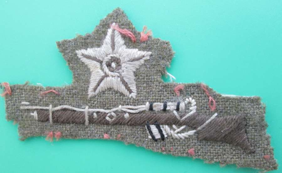 AN ARMY,  RIFLE SHOT BADGE WITH STAR
