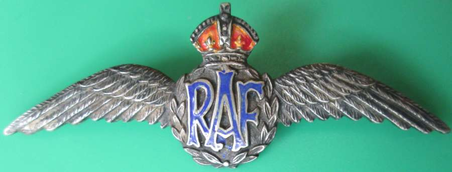 A PAIR OF SILVER RAF WINGS