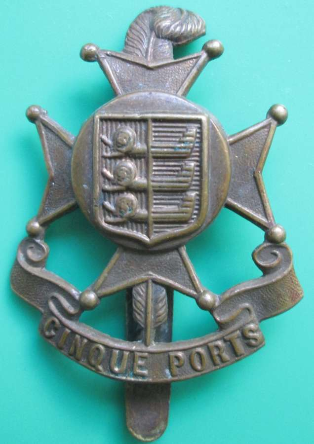 A CINQUE PORTS OTHER RANKS CAP BADGE