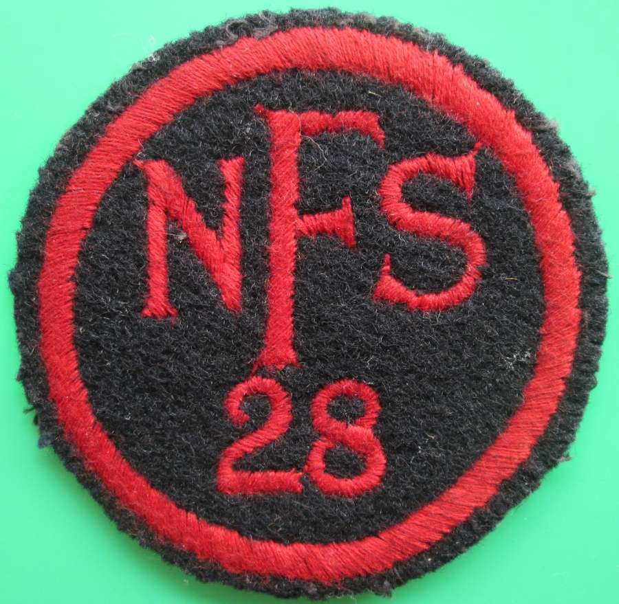A NATIONAL FIRE SERVICE BREAST BADGE