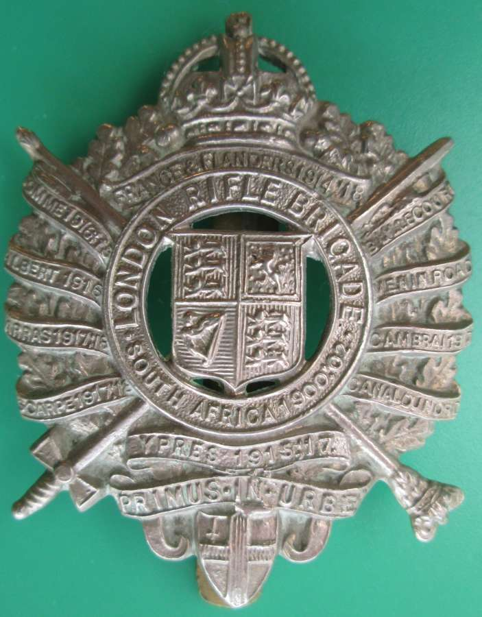 A LONDON RIFLE BRIGADE CAP BADGE