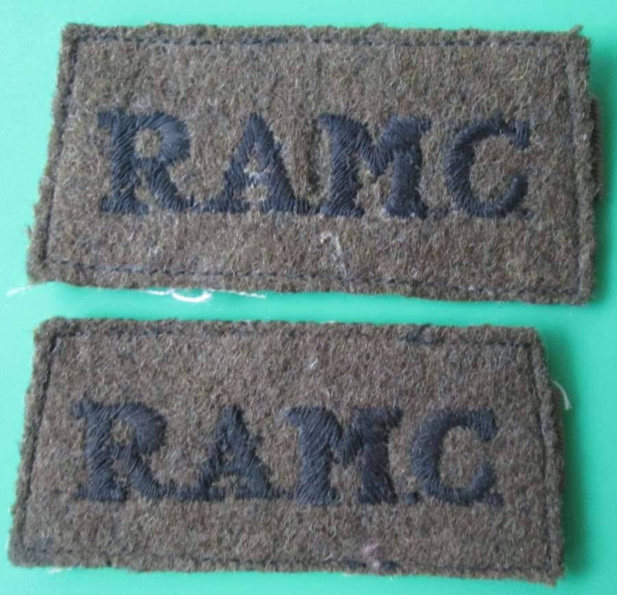 A PAIR OF SLIP ON TITLES FOR THE RAMC