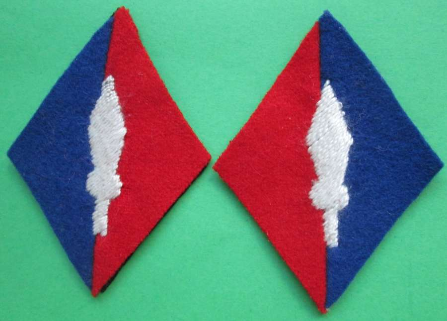 A PAIR OF 1 CORPS ROYAL ARTILLARY FORMATION PATCHES