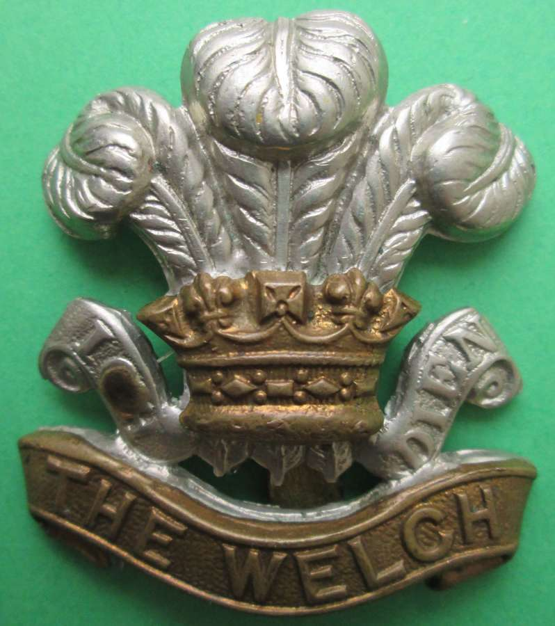 A WWII OTHER RANKS WELCH REGT CAP BADGE