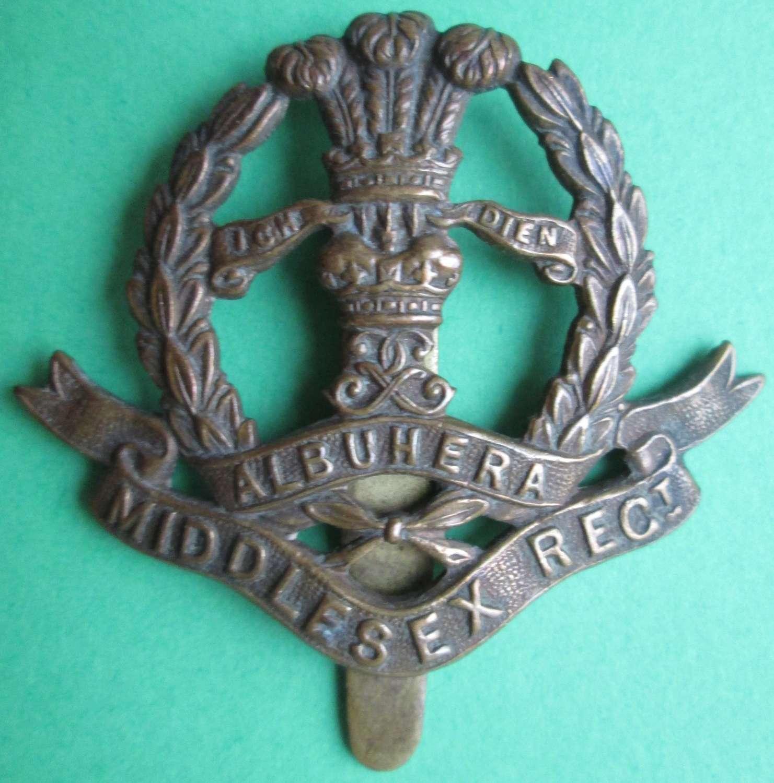 A MIDDLESEX REGIMENT CAP BADGE